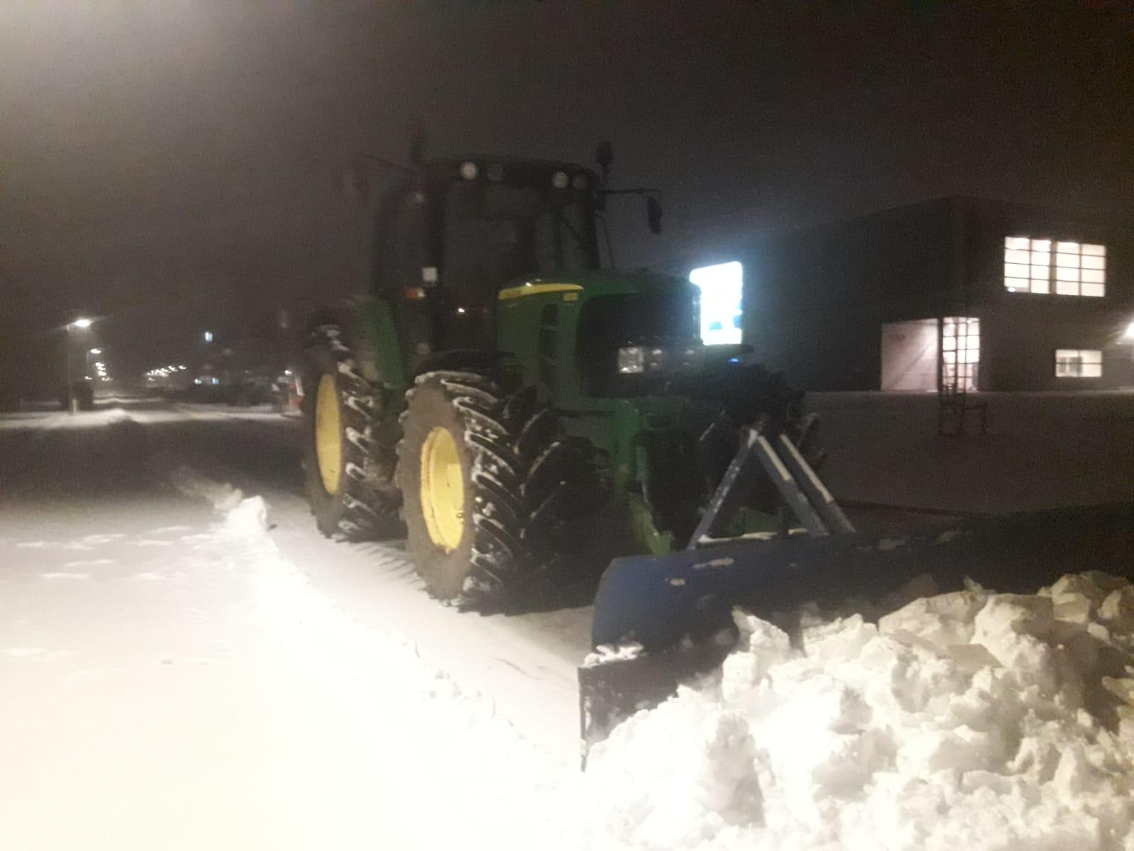 Sneeuwschuiven bedrijventerreinen